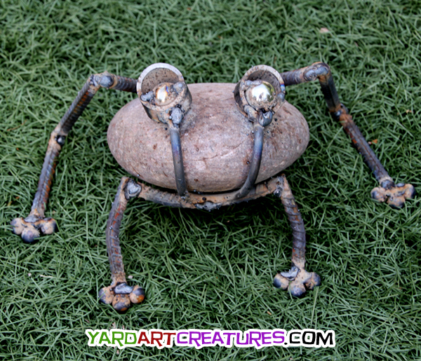 Yard Art Creatures Frog