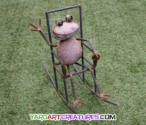 Yard Art Creatures Rocking Frog